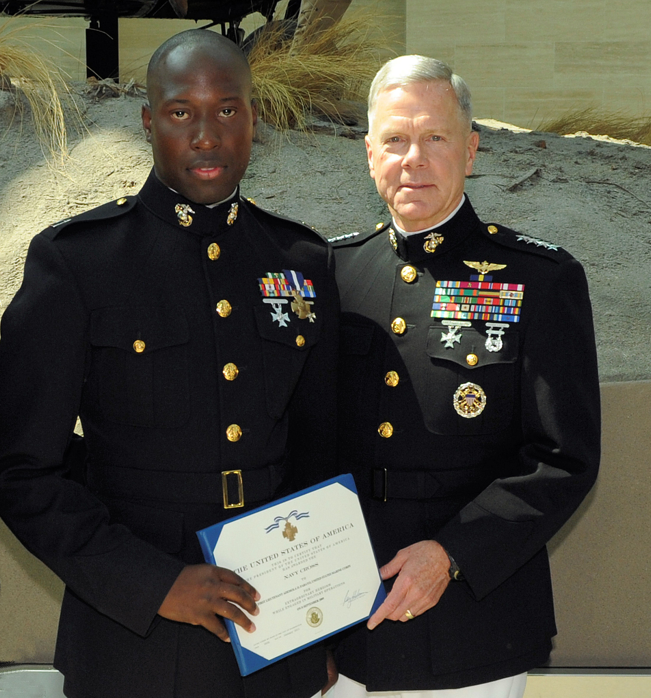 Texas veteran is first living Marine to receive Medal of ...